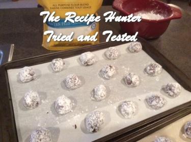 Gluten Free Chocolate Crinkle Cookies.2